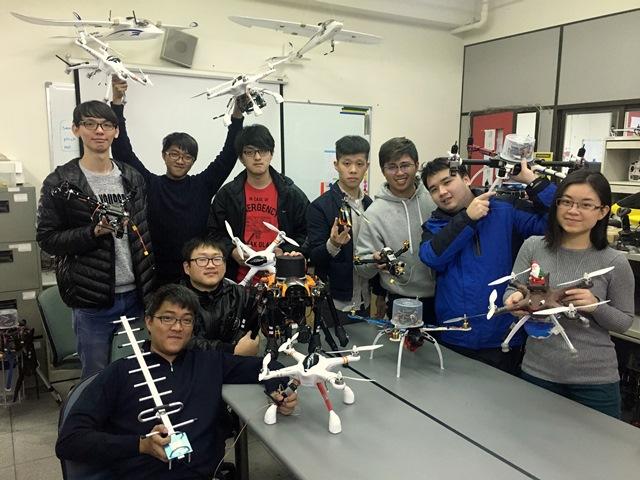 01-中原師生自行開發控制系統讓無人機擁有更多可能性.jpg