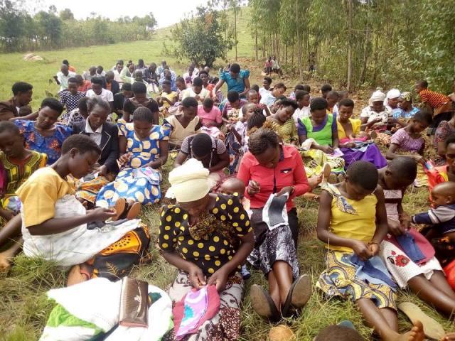 通稿照片-愛女孩提供-「布」一樣的非洲婦女,支持非洲婦女,打破貧窮循環.jpg