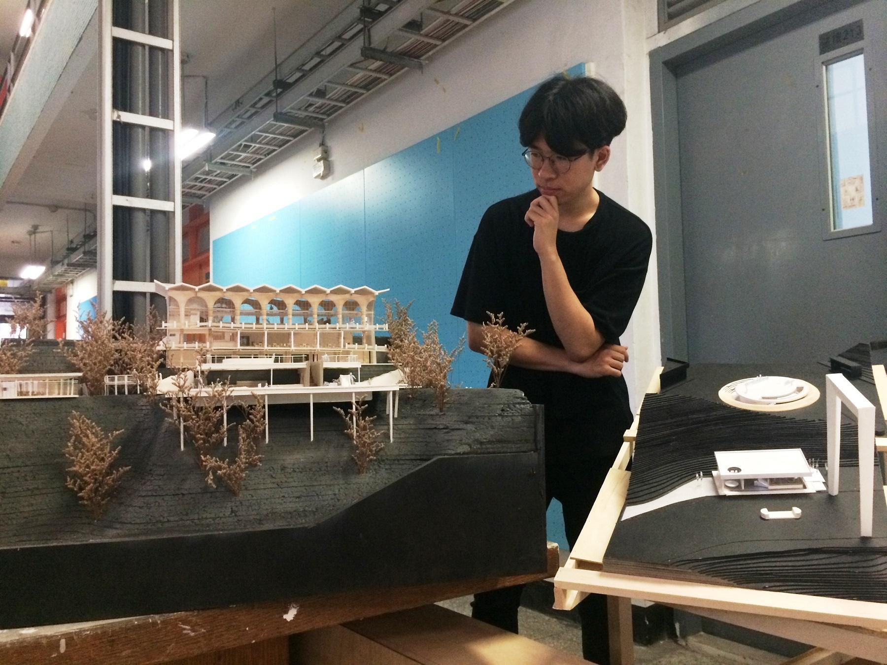 通稿照片-徐桐(如圖)、蔡函君則以新北市「花園新城」做為設計改造基地。.jpg