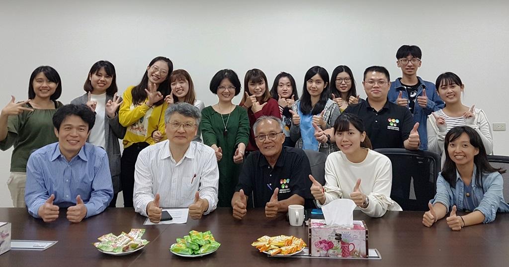 20181011_Ajan至本校與歷屆柬埔寨海外服務學習團隊師生進行交流.jpg