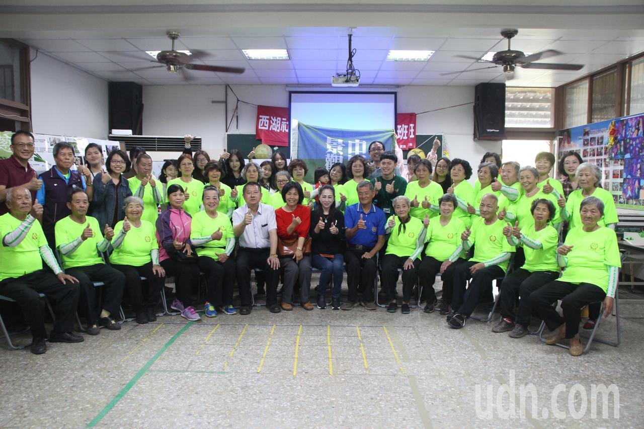 中原大學學生進駐埔鹽鄉社區6天協助社區營造規畫。記者林敬家/攝影