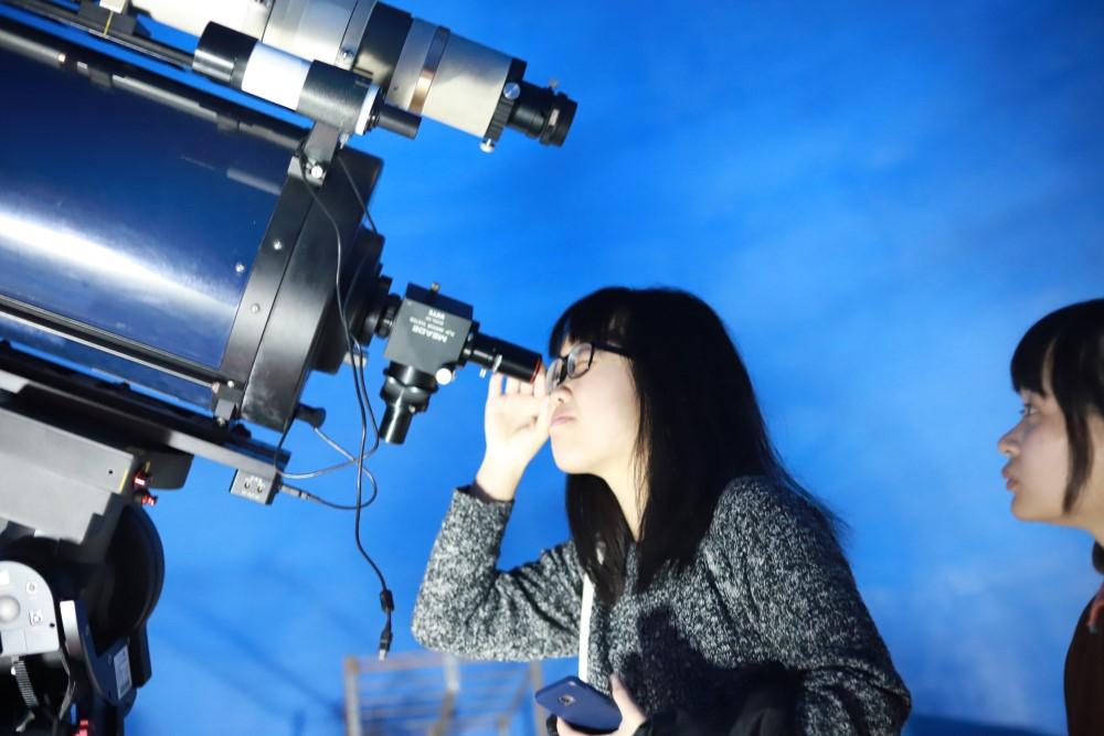 中原大學敦親睦鄰,中秋節當晚將開放天文台,歡迎民眾前往賞月。.jpg