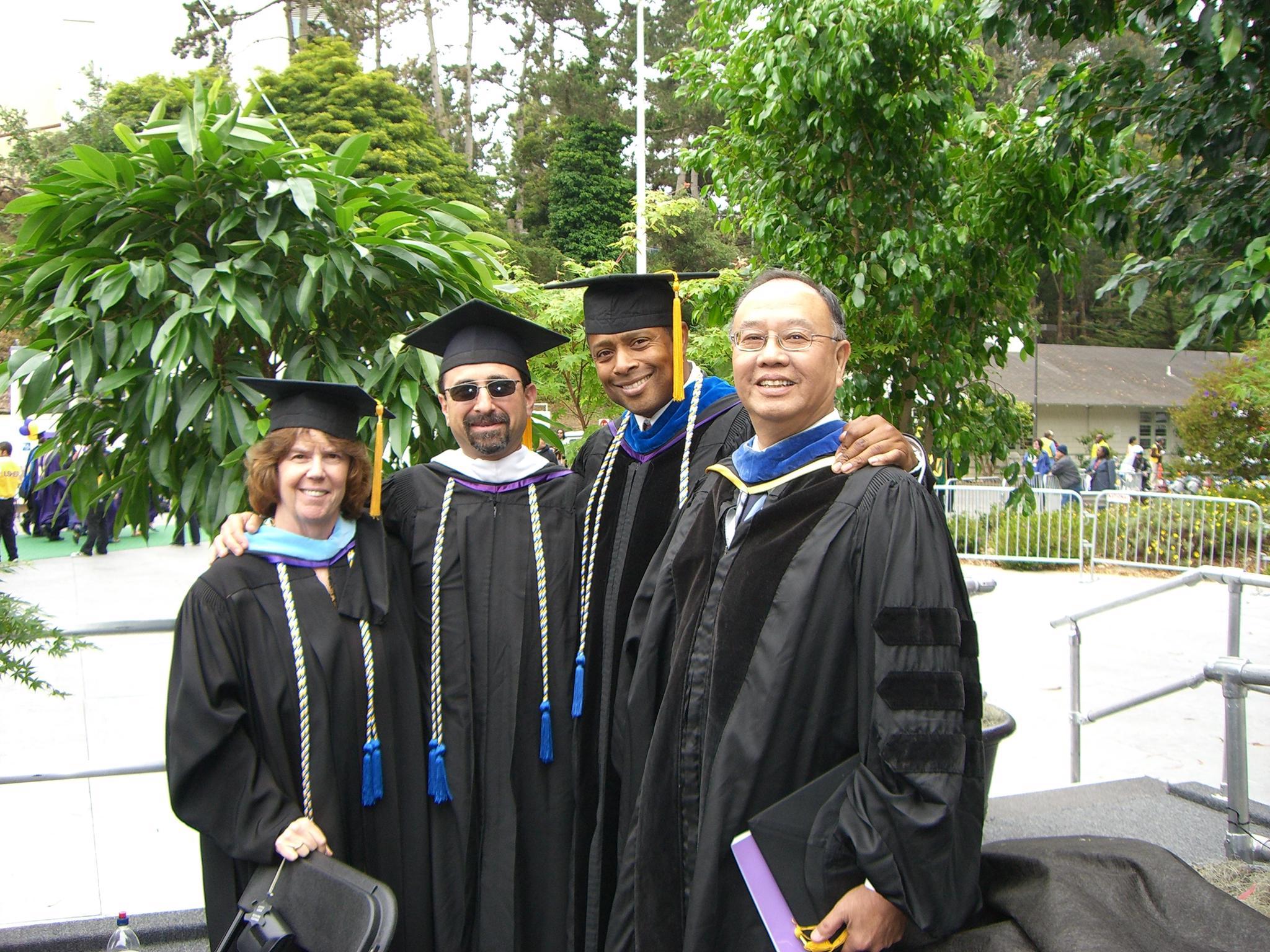 程萬里校長獲頒美國舊金山州立大學 榮譽退休院長及榮譽退休教授