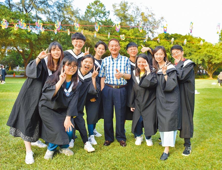 《中國時報》中原大學全人教育 打造企業最愛