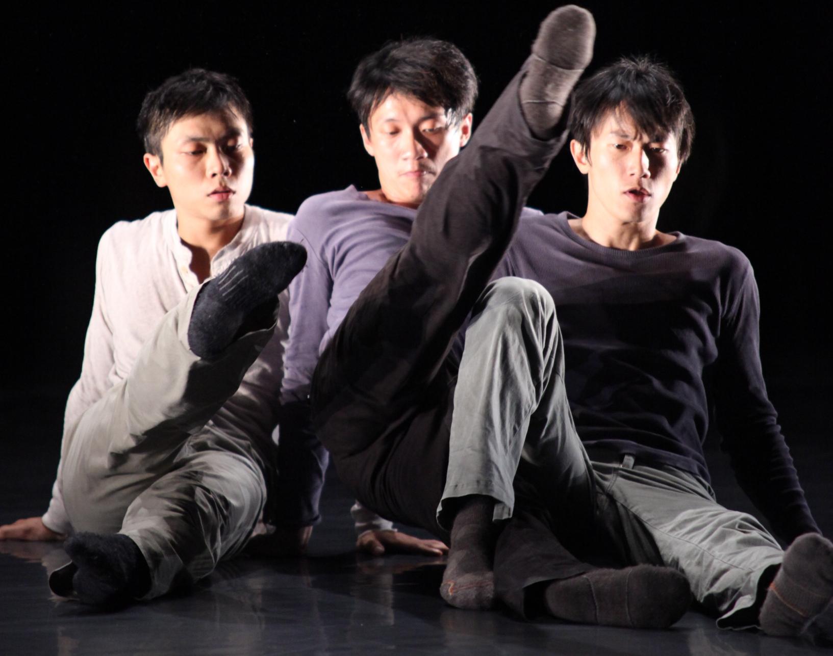 驫舞劇場到中原大學翻滾! 新作探討現代男性的孤寂
