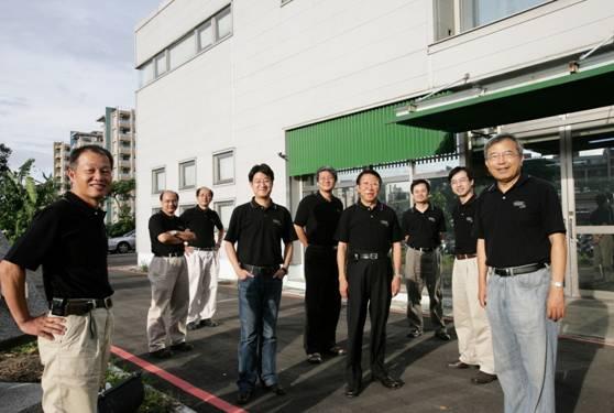 賀!中原薄膜中心榮獲「2011年台灣化學科技產業菁英獎暨產品創新獎」