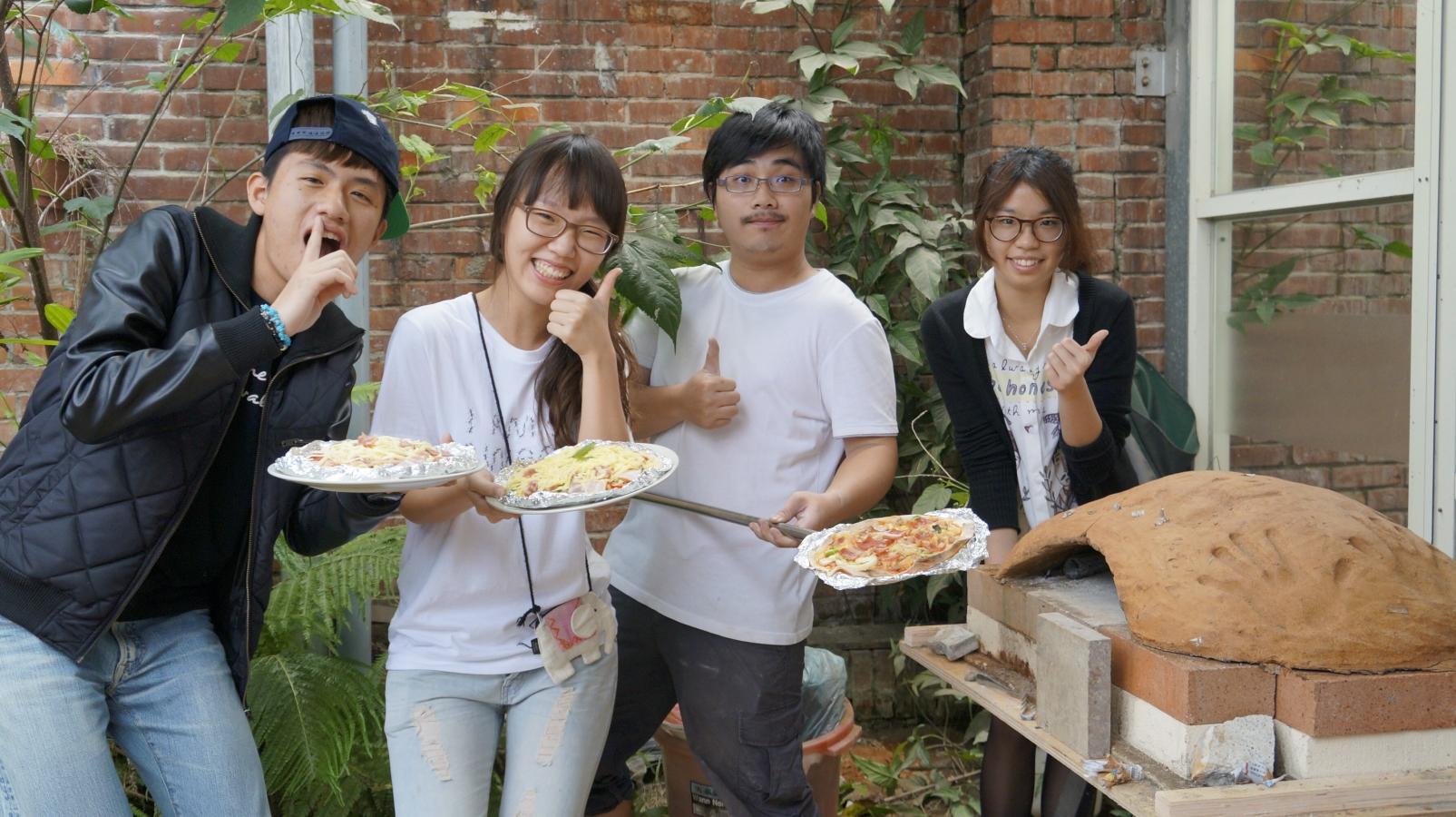 窯烤創意披薩 中原學生找設計靈感