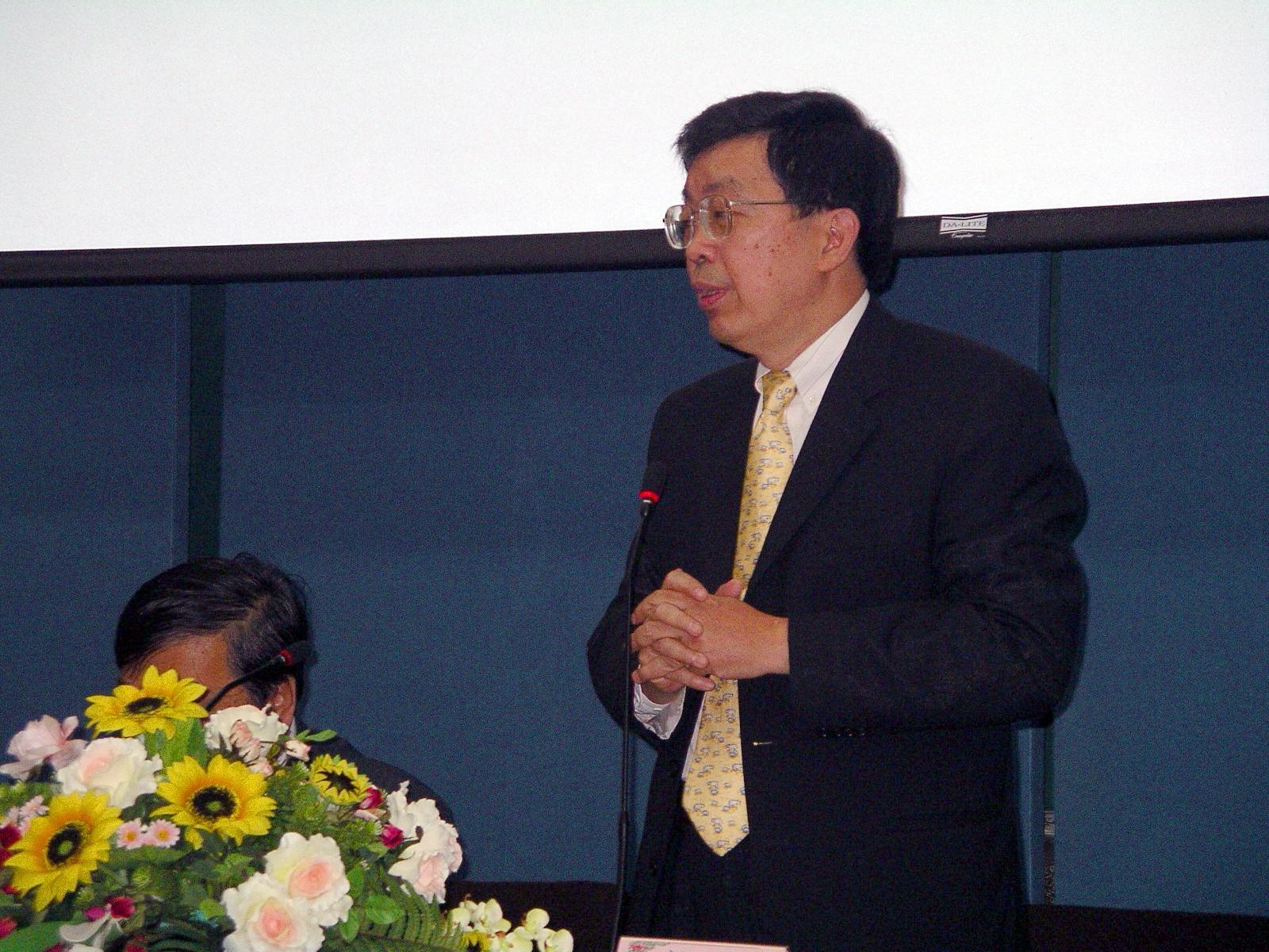 馬來西亞校友總會參訪中原 - 熊校長重申僑外新生免學費