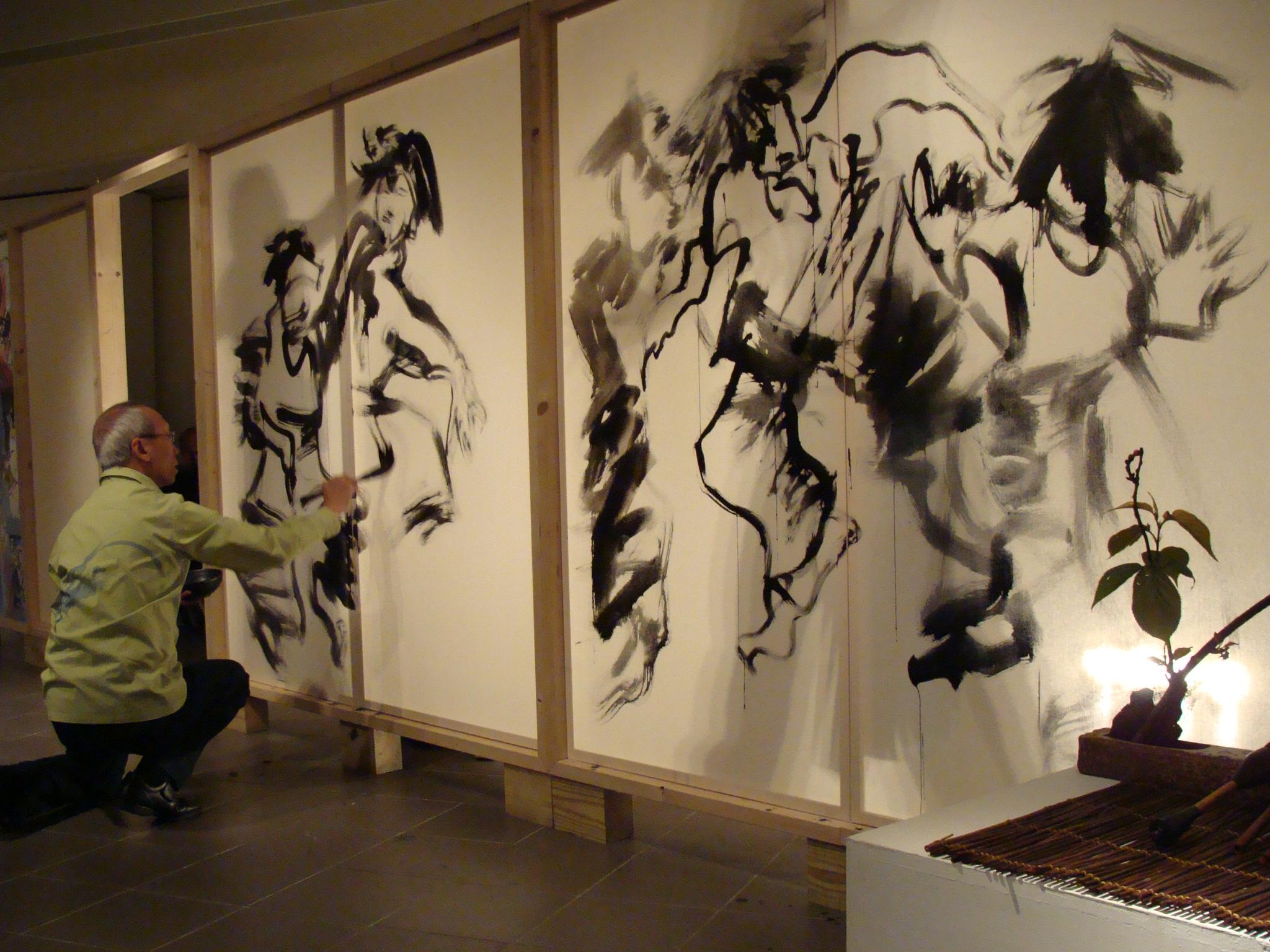 中原大學胡寶林「筆舞江湖」 現代嘻哈舞與傳統水墨畫迸出火花