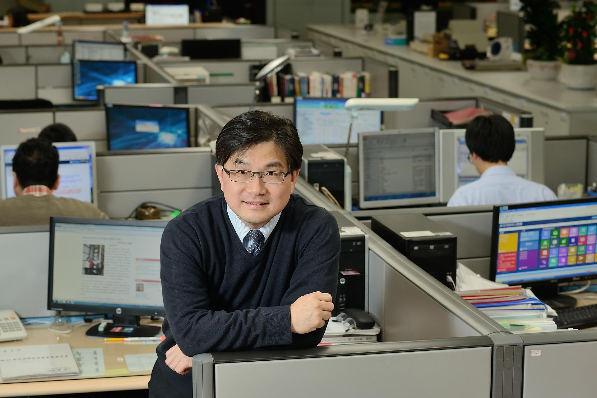 工業系校友、資管系教授吳肇銘 榮獲「傑出資訊人才獎」等獎項