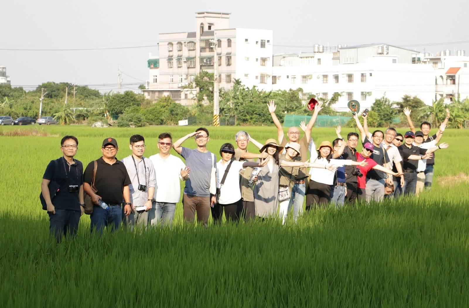中原師生發揮創意推動大學社會責任 啟動霄裡文化綠廊