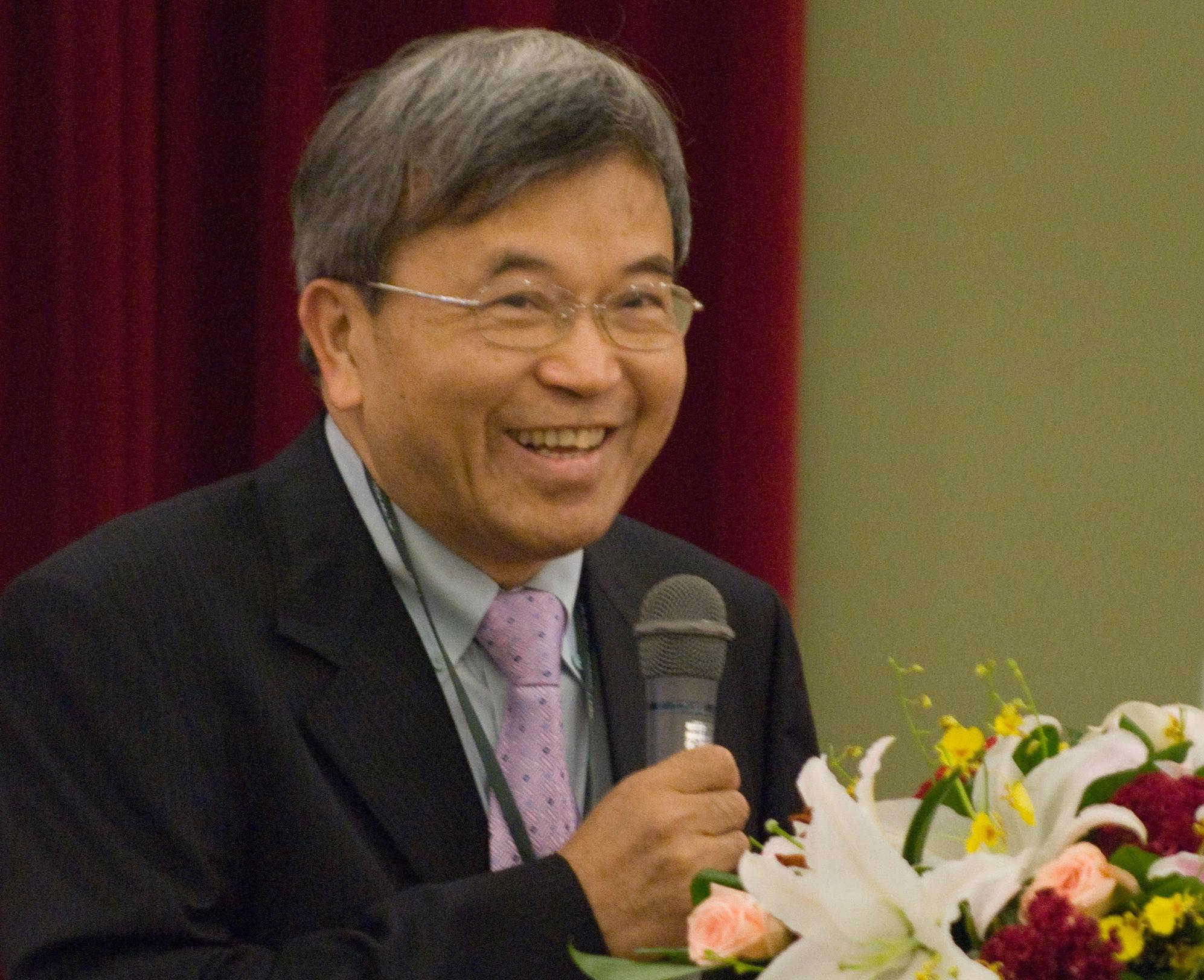 化工系賴君義講座教授榮獲第51屆學術獎 私校唯一獲獎者