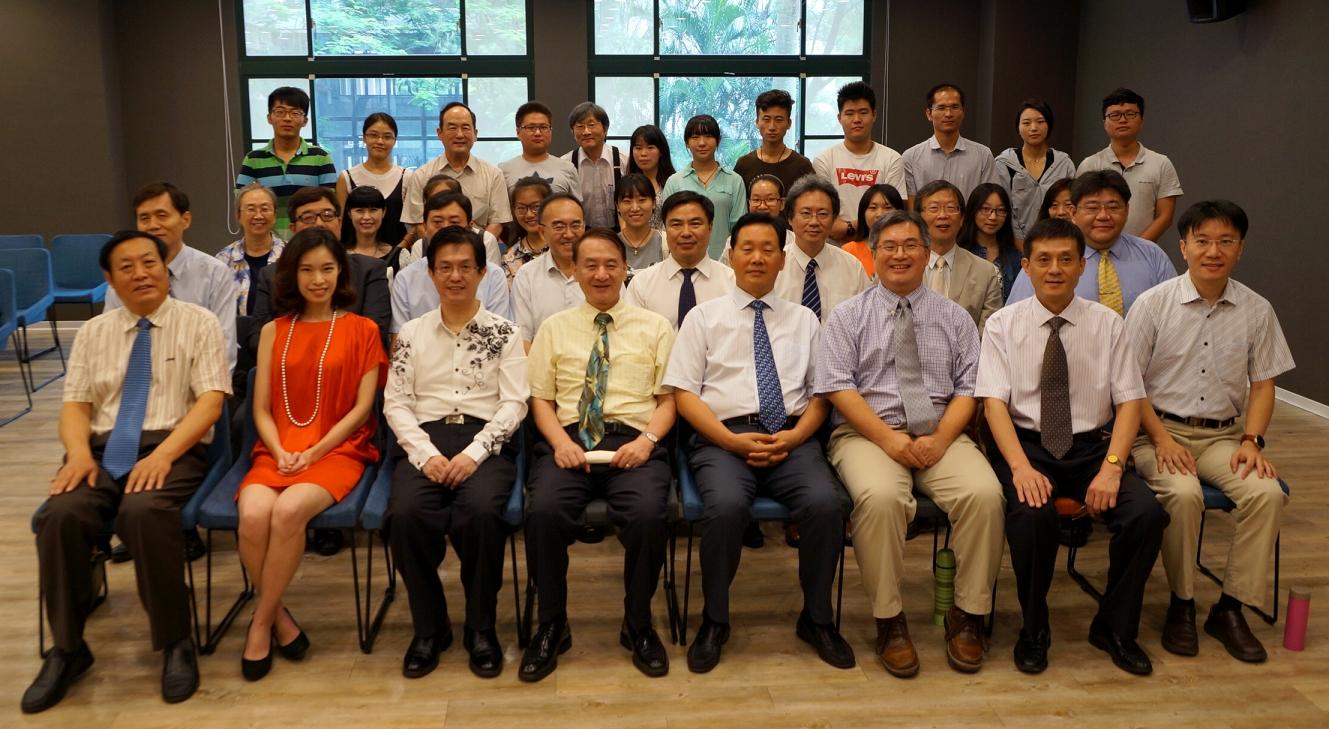 河南省教育廳長參訪中原大學 與陸生他鄉遇故知