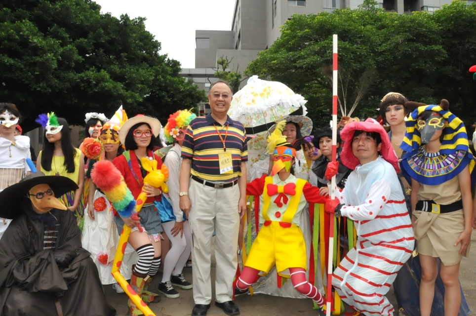 嘉年華遊行 中原大學藝術節動感揭幕