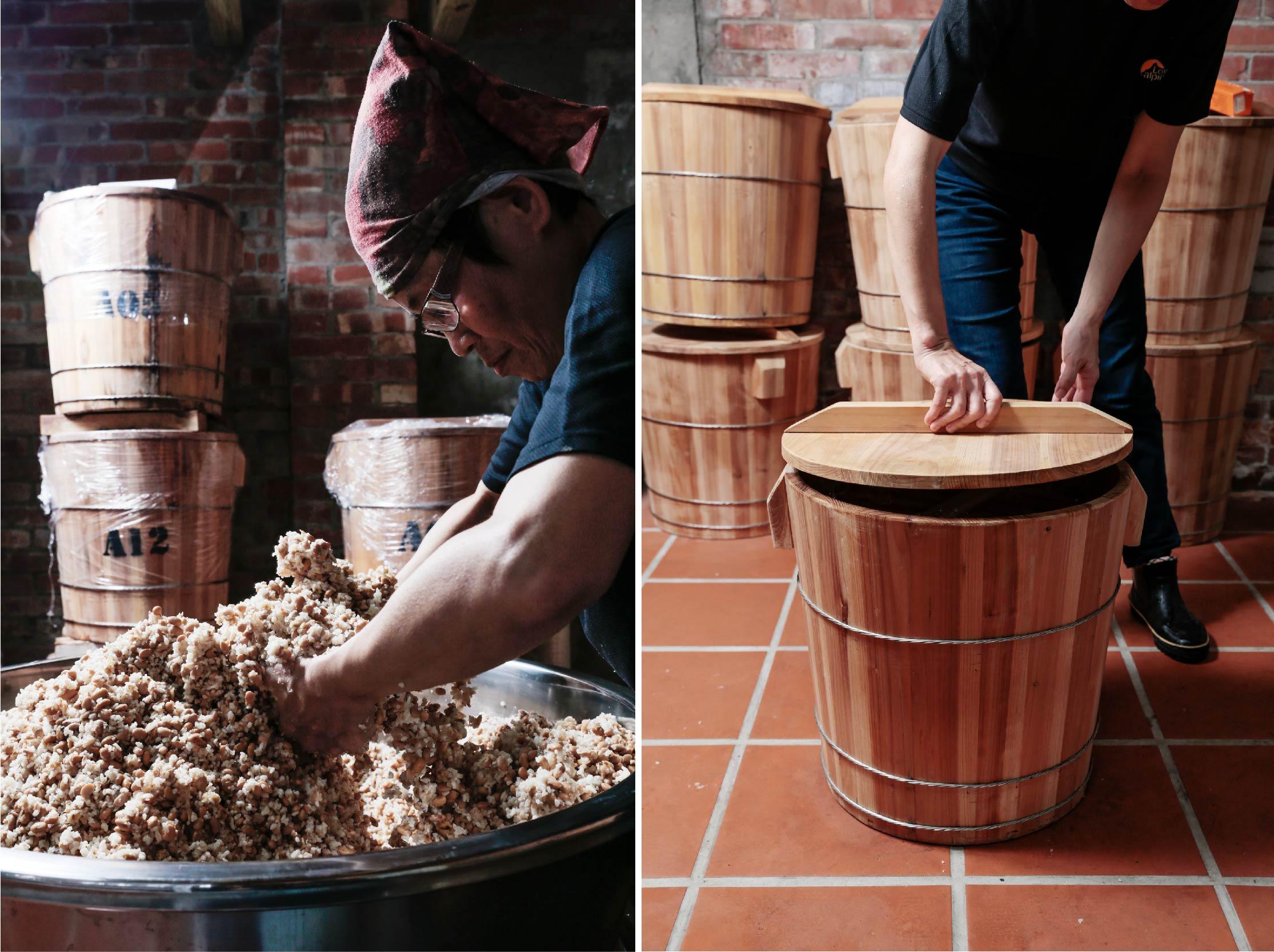 混合黃豆  選用品質優良但成本也較高的國產黃豆,將煮熟的黃豆與米麴充分的攪拌、混合,並細心的舖至木桶中佇存,確保每一層的味噌,味道都能均勻。 | 禾乃川國產豆製所 | 改變生命的豆漿店