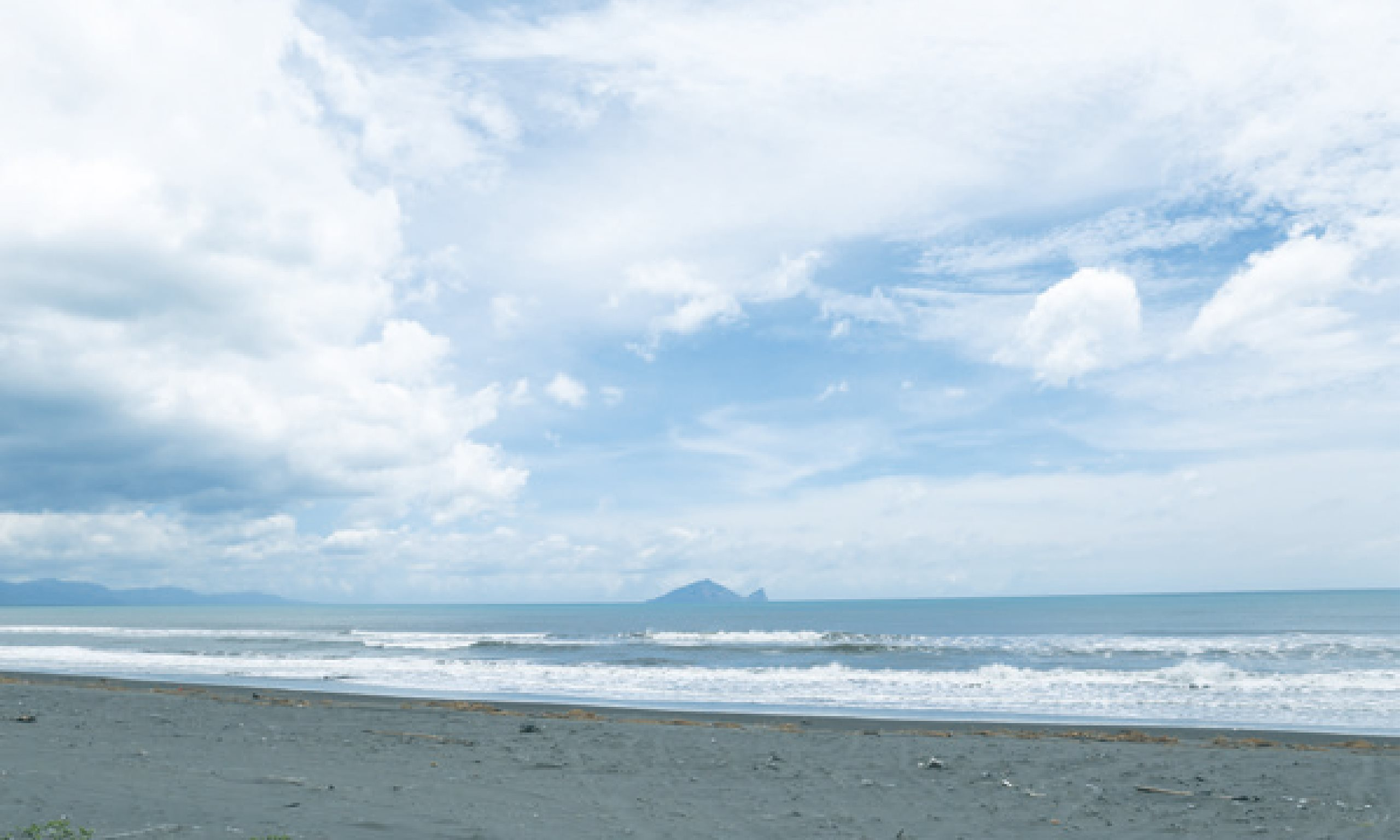 〖主題企劃〗我的家在海邊!住海邊生活提案 - 關於在海邊:創作是找尋自我的生活態度 - 海邊的司廚 雜貨