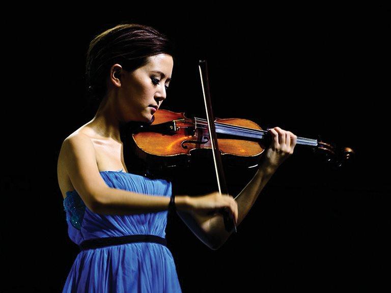 玩音樂跨界,譜跨界人生 /  Daphne 蘇子茵