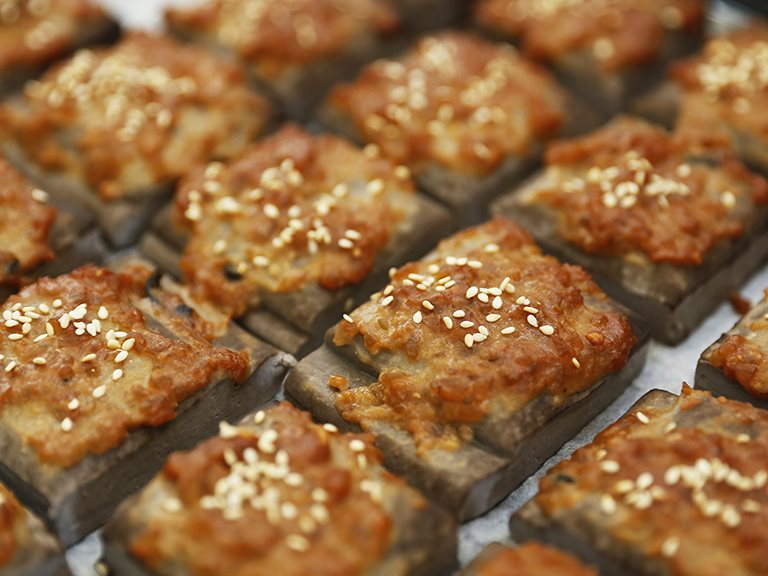 烤黑豆干佐黃金味噌抹醬,簡單烤箱料理馬上做 禾乃川小廚房特別篇