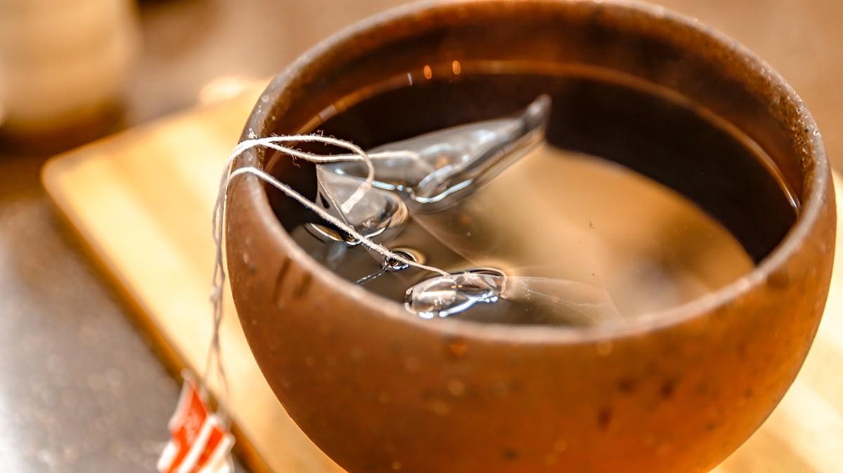 甜蜜蜜青仁黑豆刨冰|需要準備的食材有 | 01 國產生黑豆/青仁黑豆茶包((1包)  02 砂糖  03 刨冰 | 禾乃川國產豆製所 | 改變生命的豆漿店