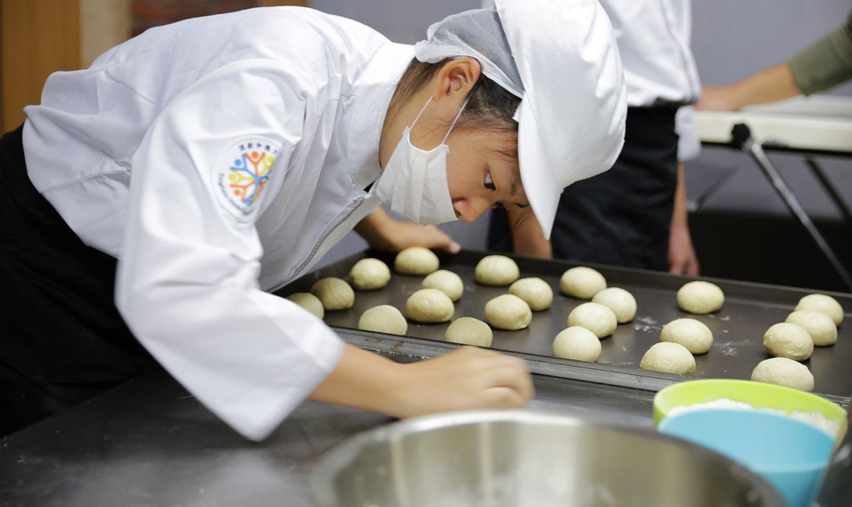 【小草書屋職研烘焙坊】社區職能培育及推廣良食文化的友善品牌
