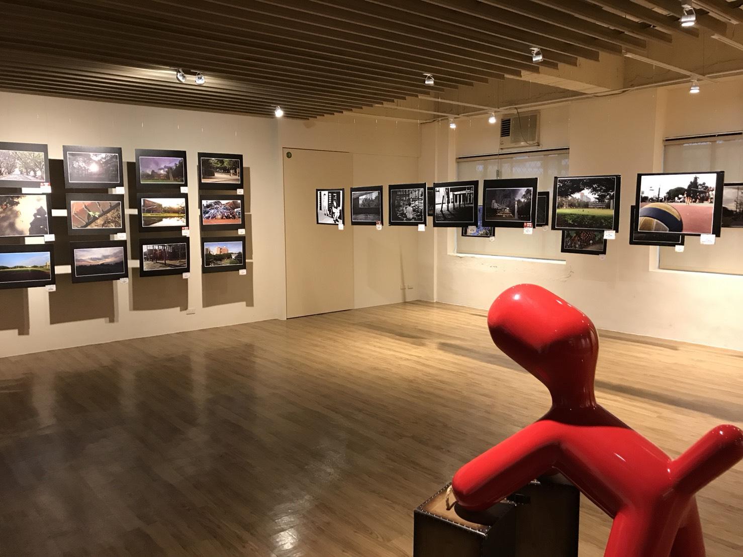 通稿照片-中原大學學生活動中心「多功能展演廳」榮獲2017年柏林設計金獎及倫敦設計銀獎,提供學生社團展覽及表演活動為主.jpg
