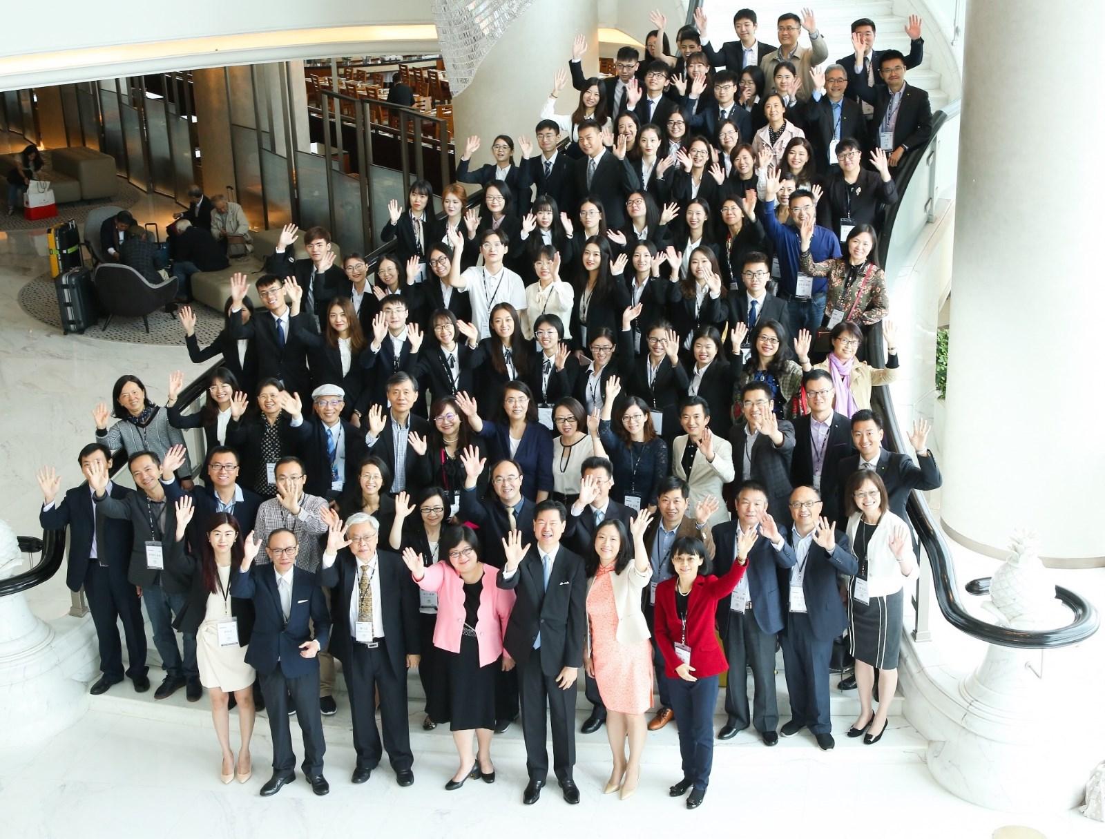 「第十五屆德勤稅務精英挑戰賽」參與賽事全體人員合照