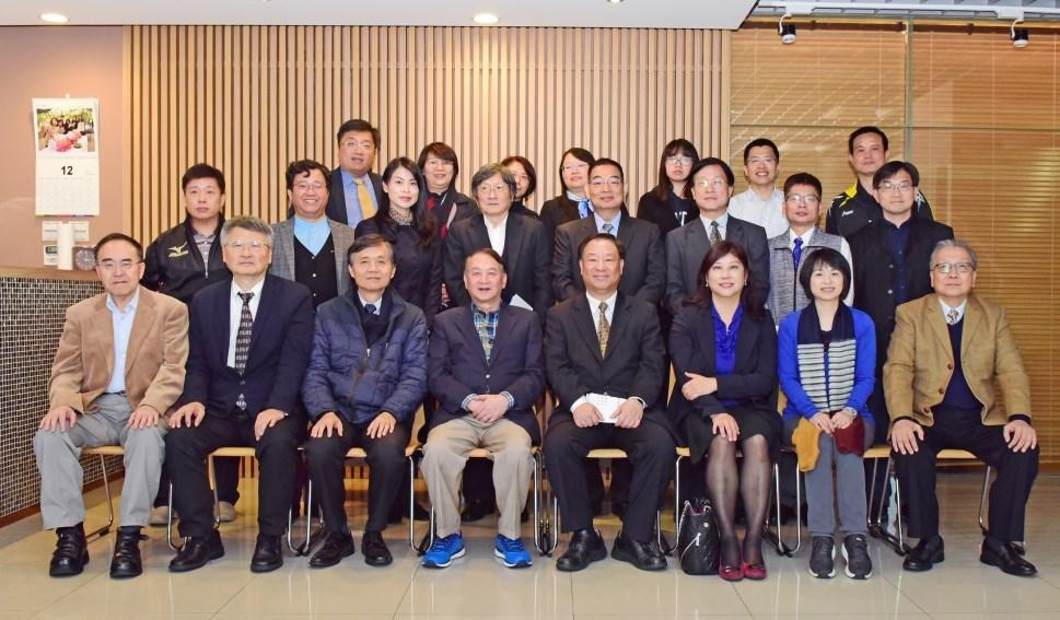 中原大學與中國青年救國團簽訂多元合作方案備忘錄,雙方人員於會後合影留念.JPG