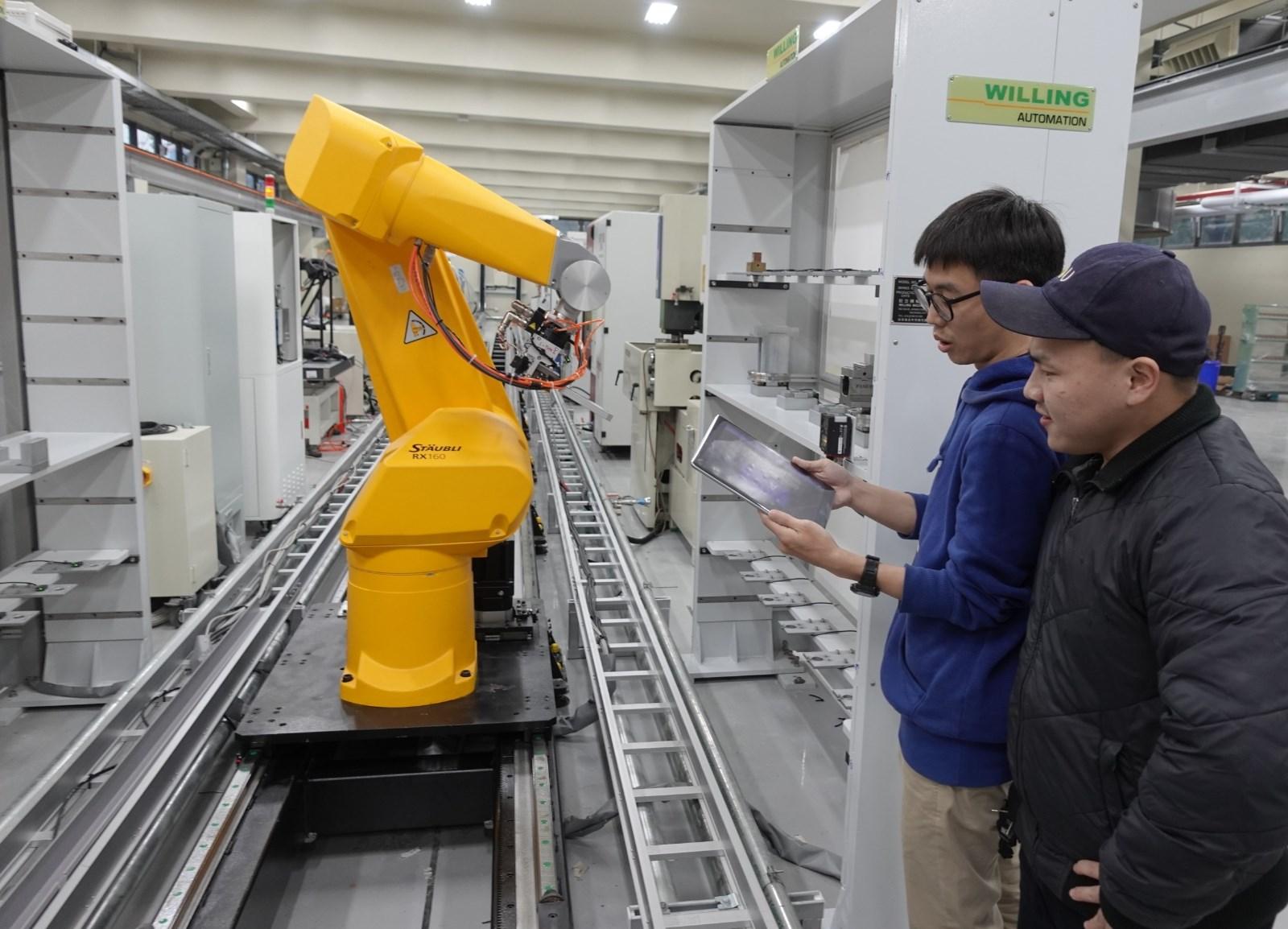 中原大學「知行領航館」可望成為青年創新創業發展基地.JPG