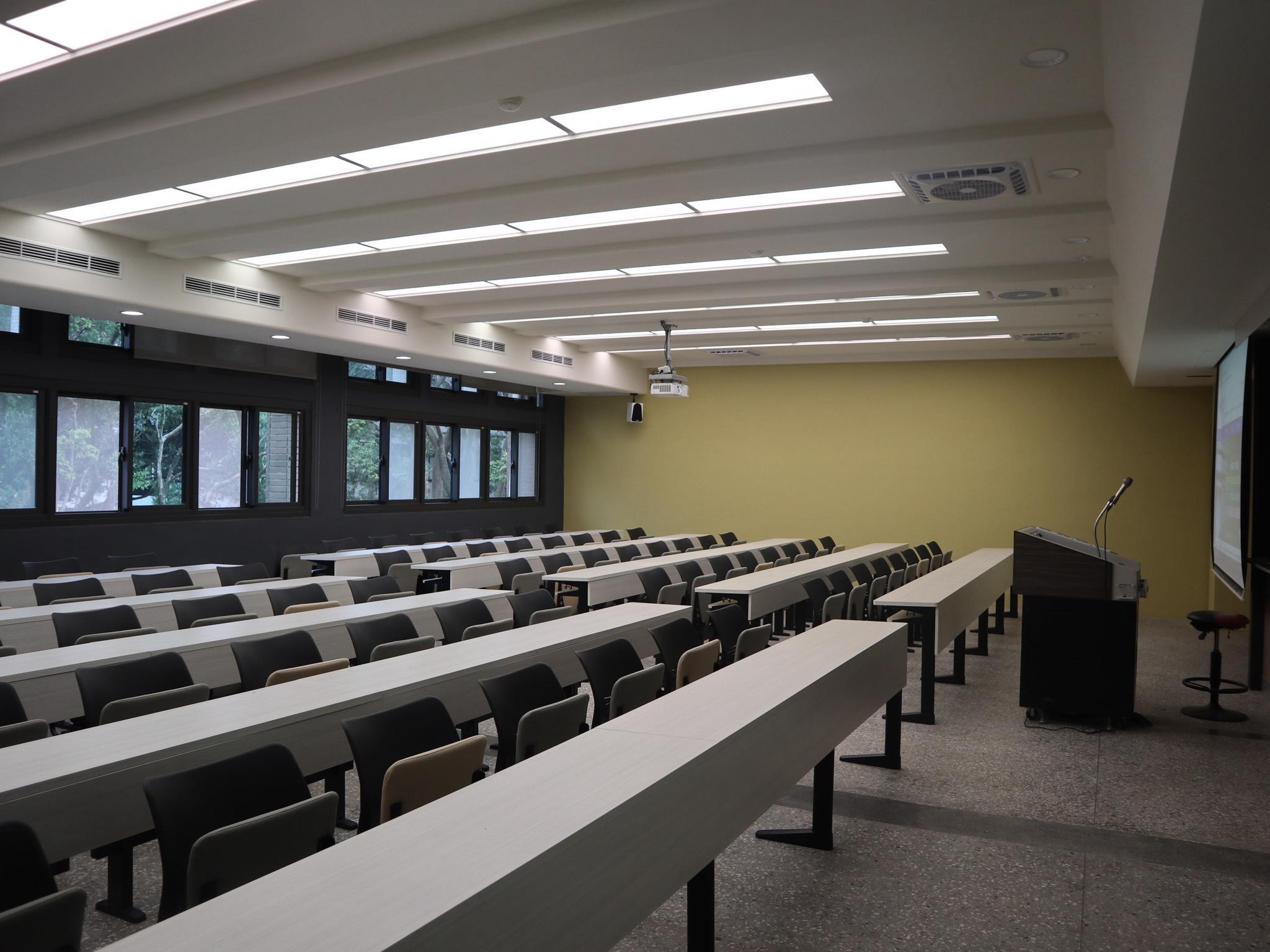 向儁苑理學212教室設計簡約空間明亮.jpg