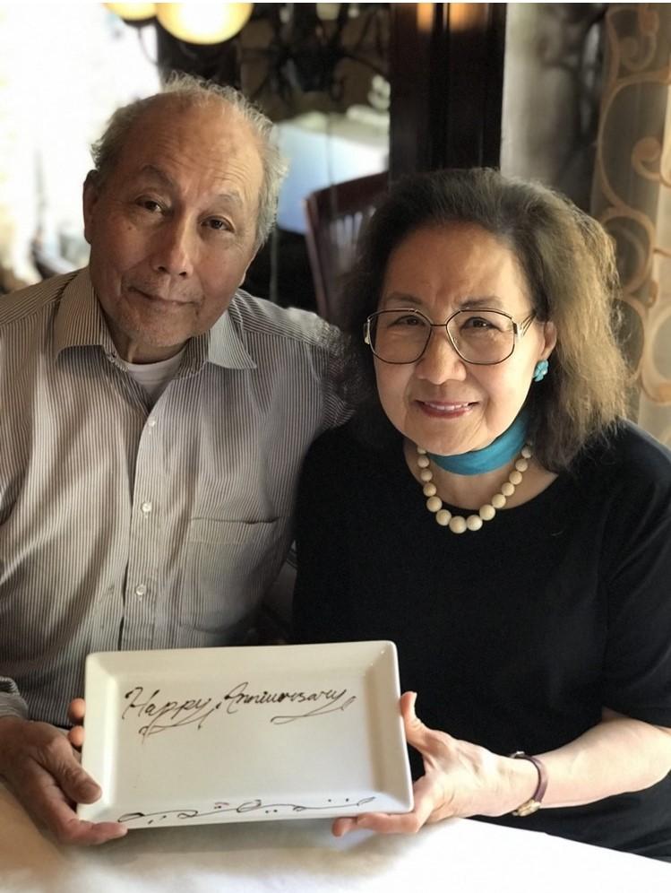2018 年, 張欽次校友與妻子孫康宜女士於耶魯大學慶祝金婚。.jpg