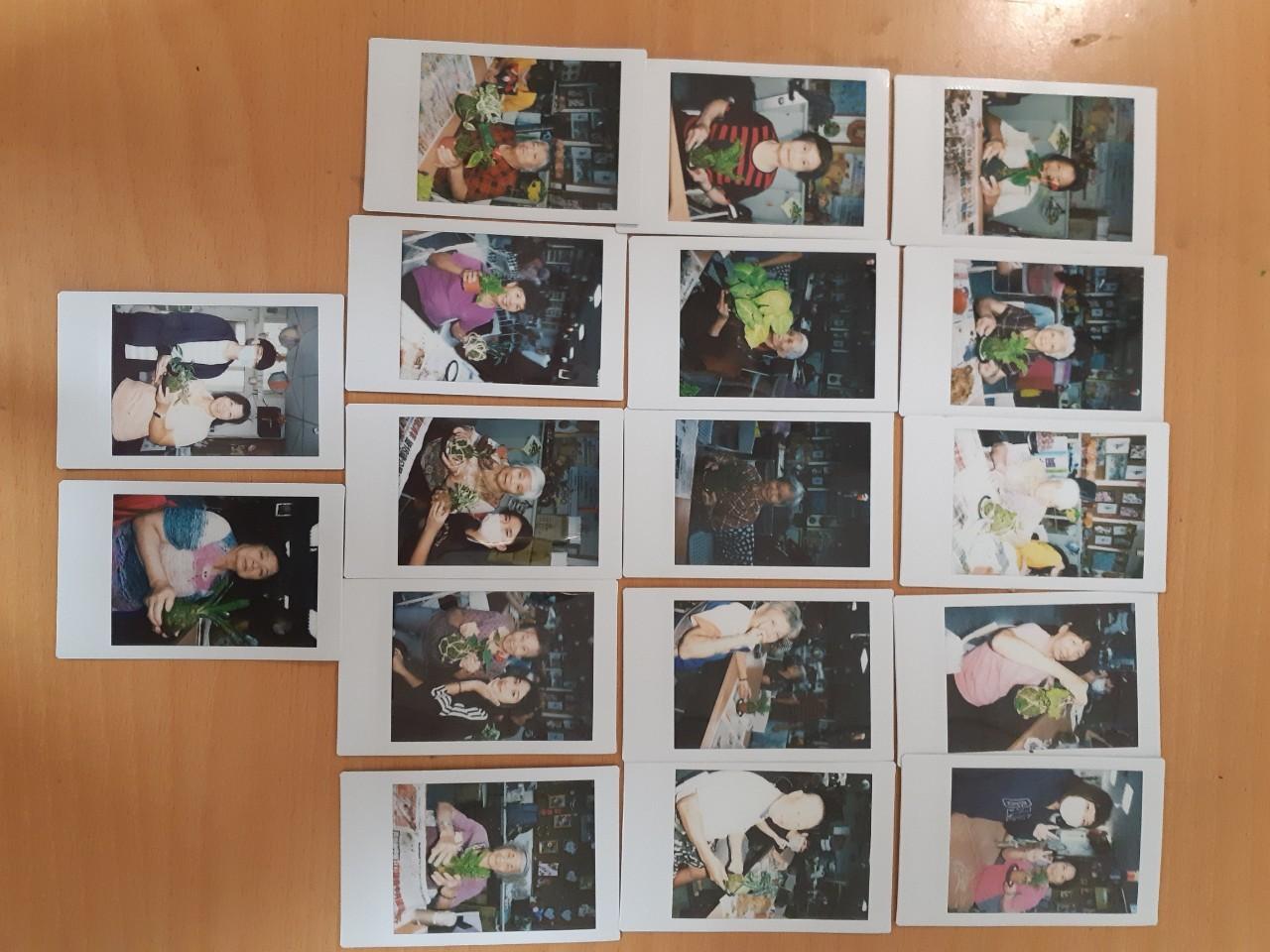中原景觀系「青銀同樂」苔球工作坊用拍立得幫爺爺奶奶拍照帶回家跟孫兒「炫耀」.jpg