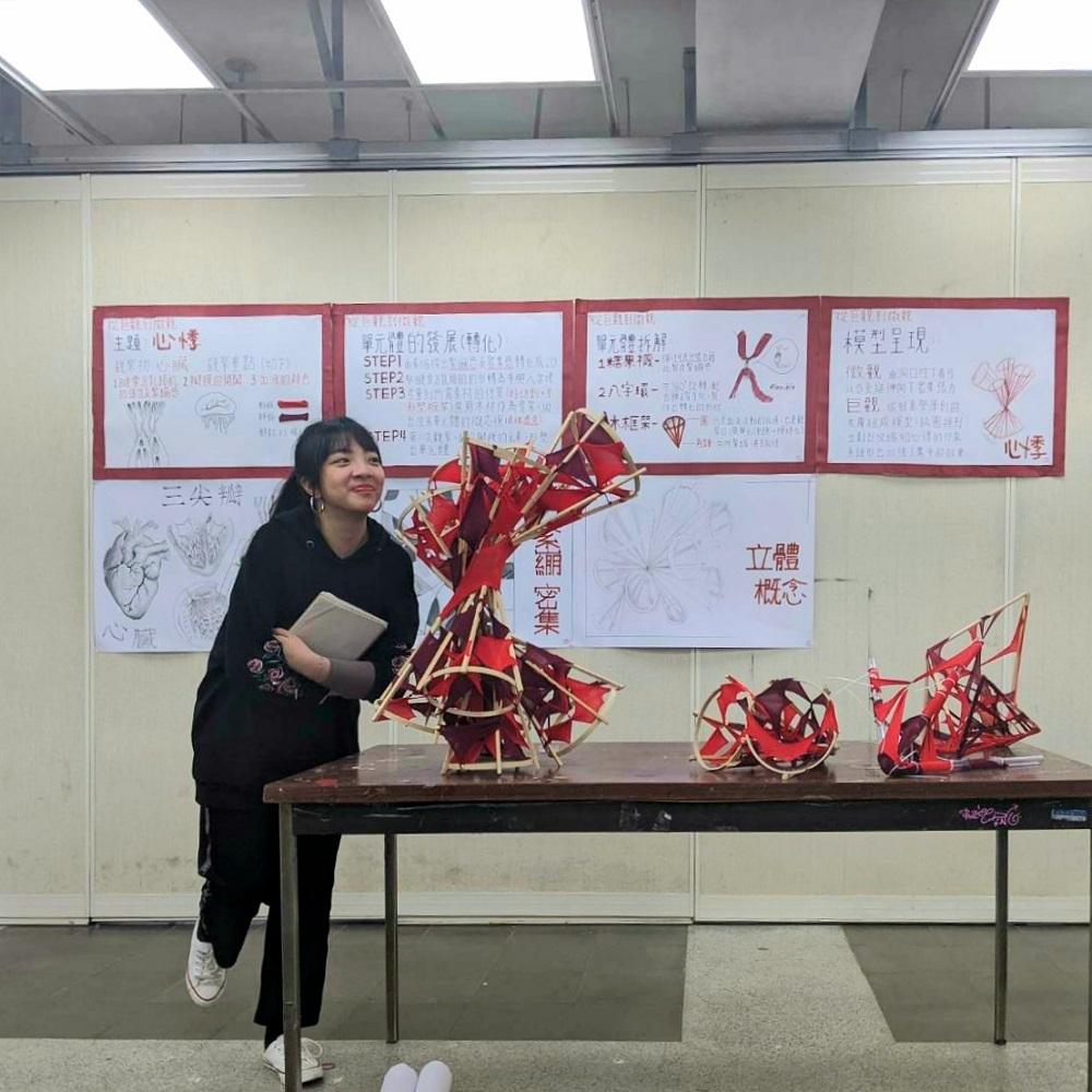中原大學建築系「建築設計」課程不僅培養學生細微的觀察力與創造力,也透過評圖訓練.jpg