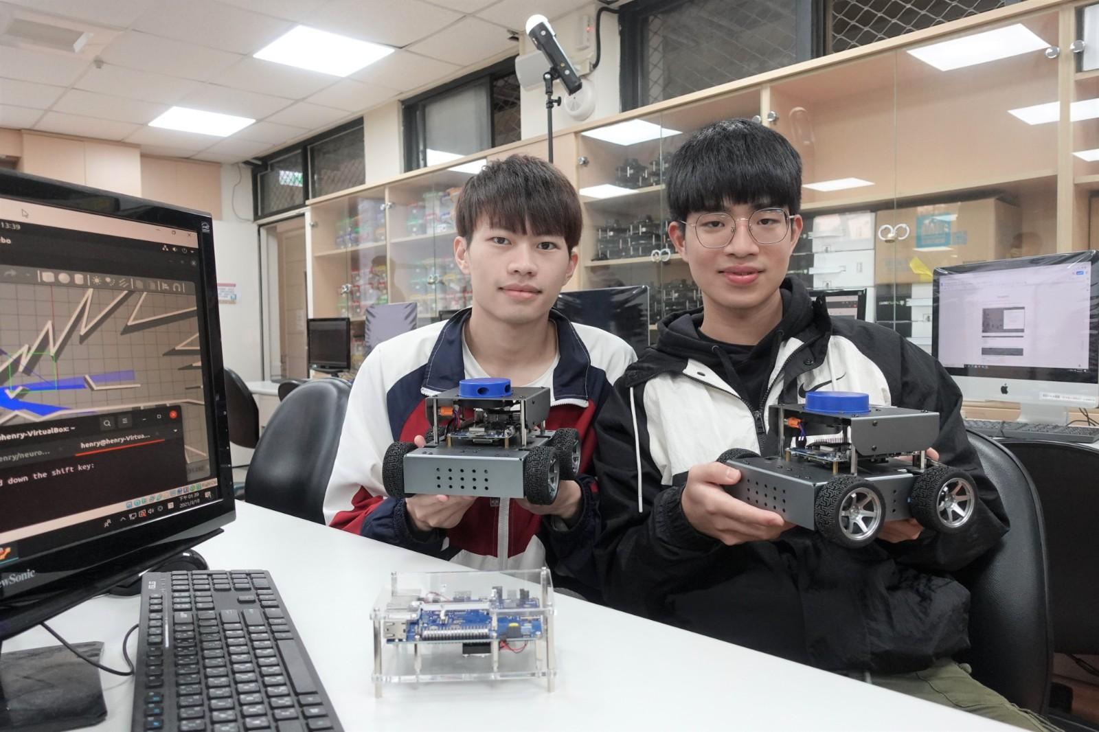 中原大學與科技大廠攜手培育高階技術人才,打造全台首創AI機器人5G專網實驗室。.jpg