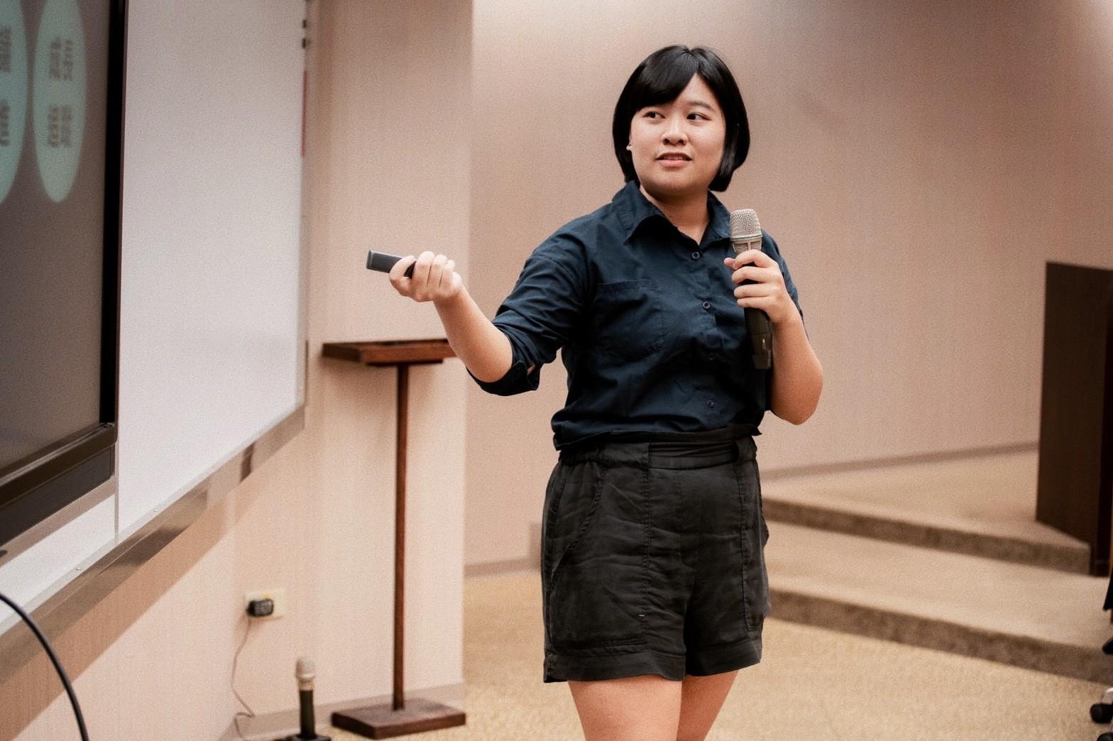 應外系校友劉詠庭鼓勵學弟妹找到自己的國際職涯價值。.jpg