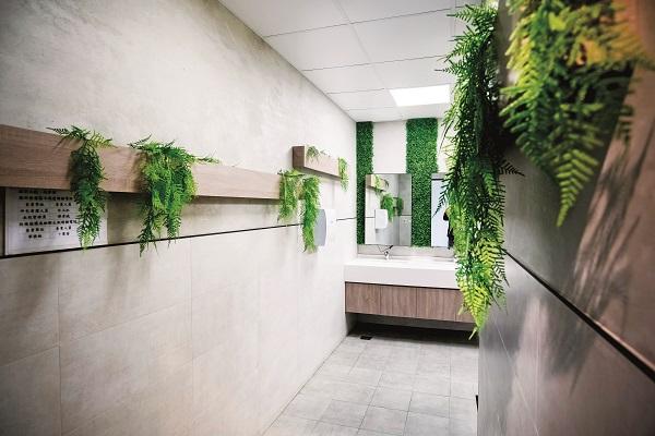 一般人覺得不起眼的「廁所」,在中原卻是培養品格與美感的重要場域.jpg