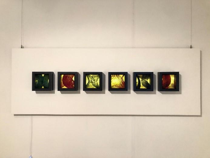 謝佳珍作品「竹影Ⅱ」呈現竹篾彎曲的自然曲線.jpg