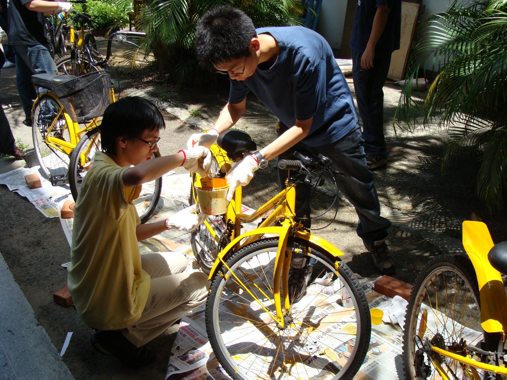 廢棄腳踏車大變身 中原大學推校園愛心單車