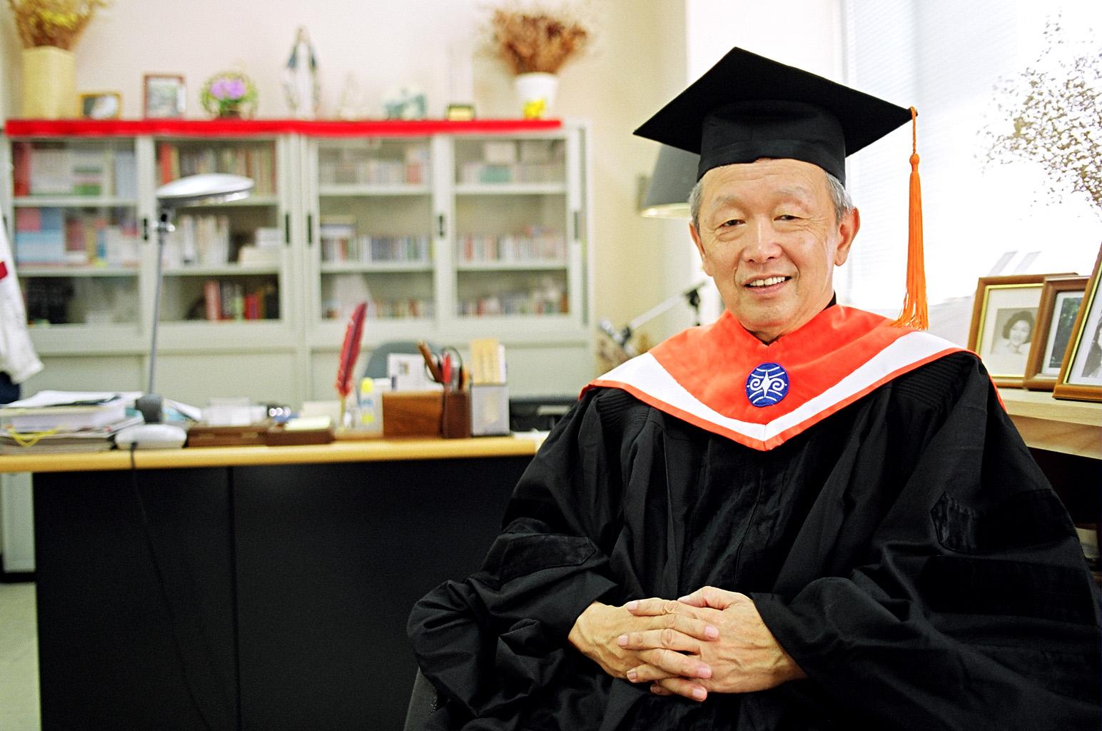 李家同教授蒞校演說 談人類面臨的重大問題