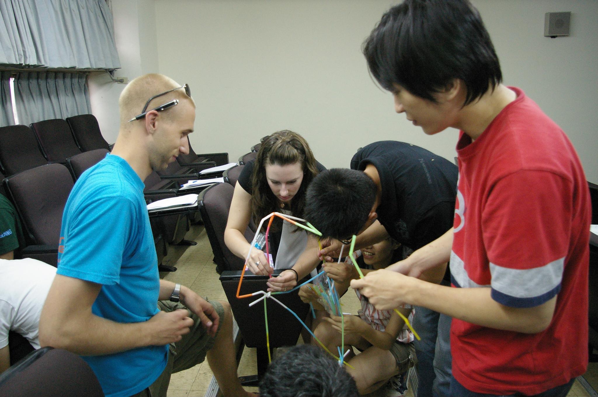中原大學辦「產業及學術國際領袖體驗講座」 提供國際化互動交流環境