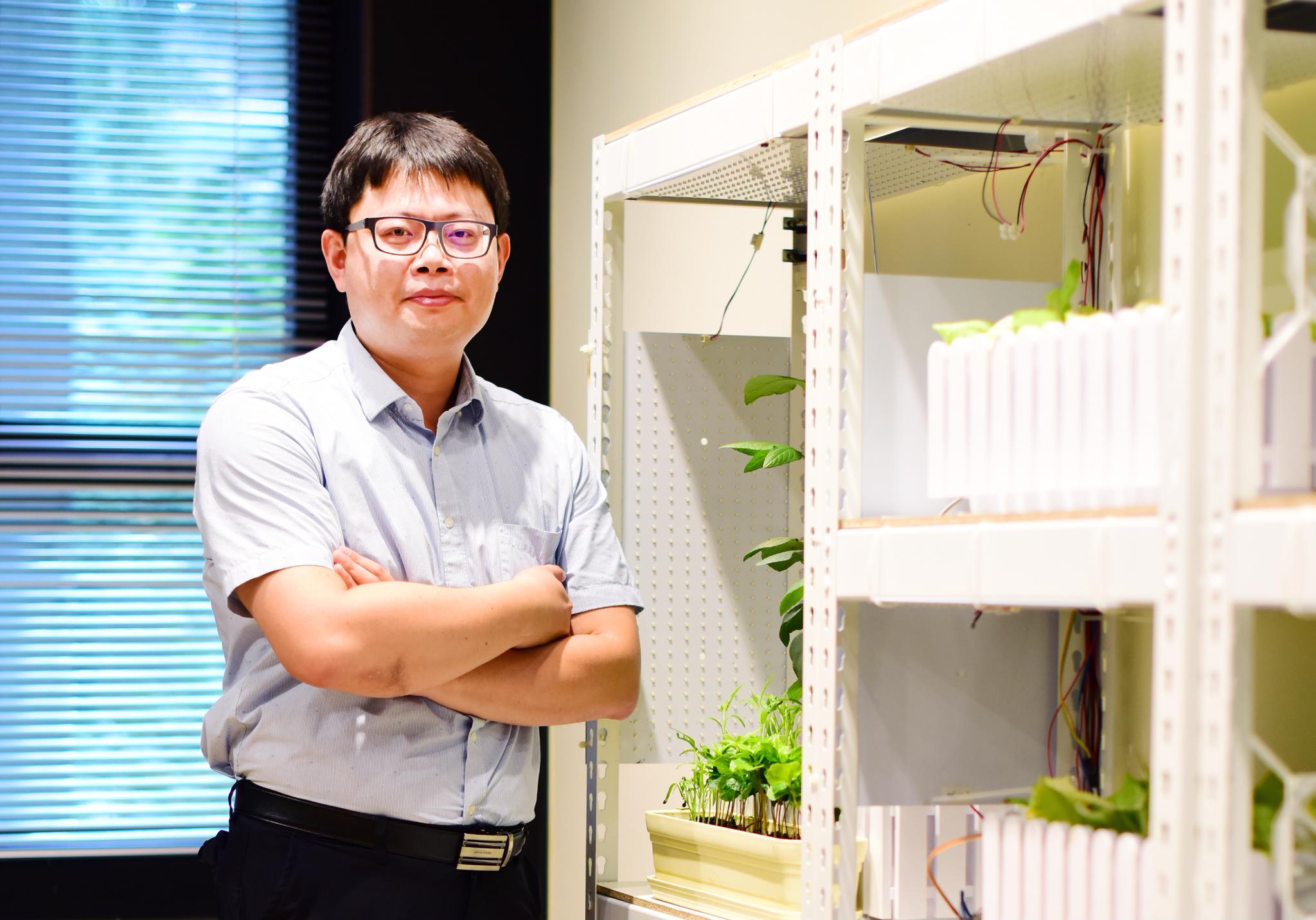 《107學年度教學特優教師專訪》電子系陳世綸:在大學培養你的責任感,比幫你找到有興趣的更重要!
