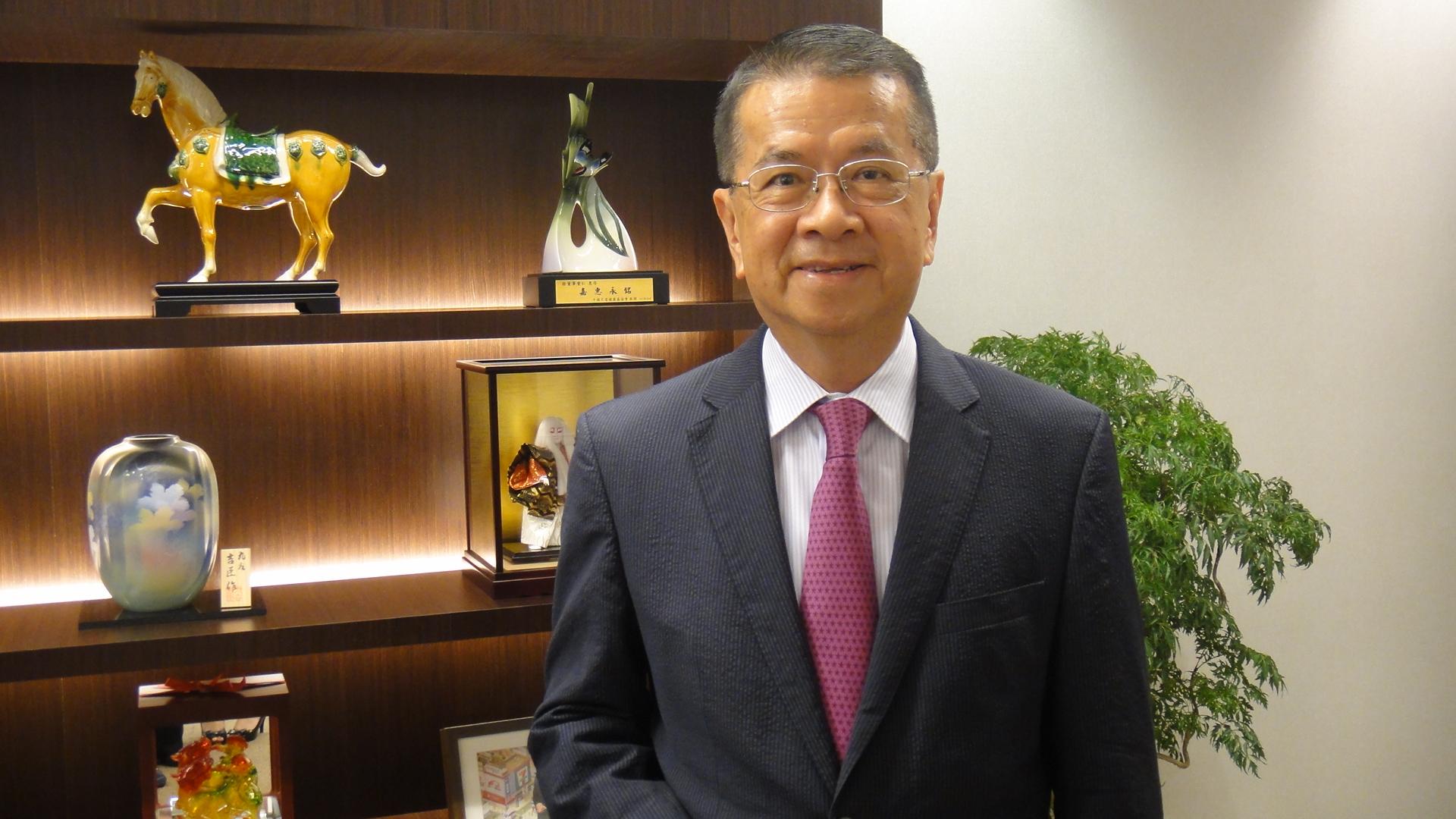 台灣流通業教父─徐重仁 在中原傳承服務業價值