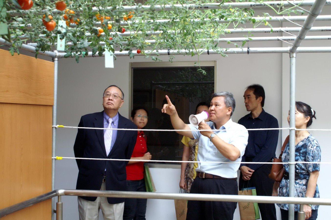 中原大學與新光合纖合力推動環保 樹立產學合作新典範