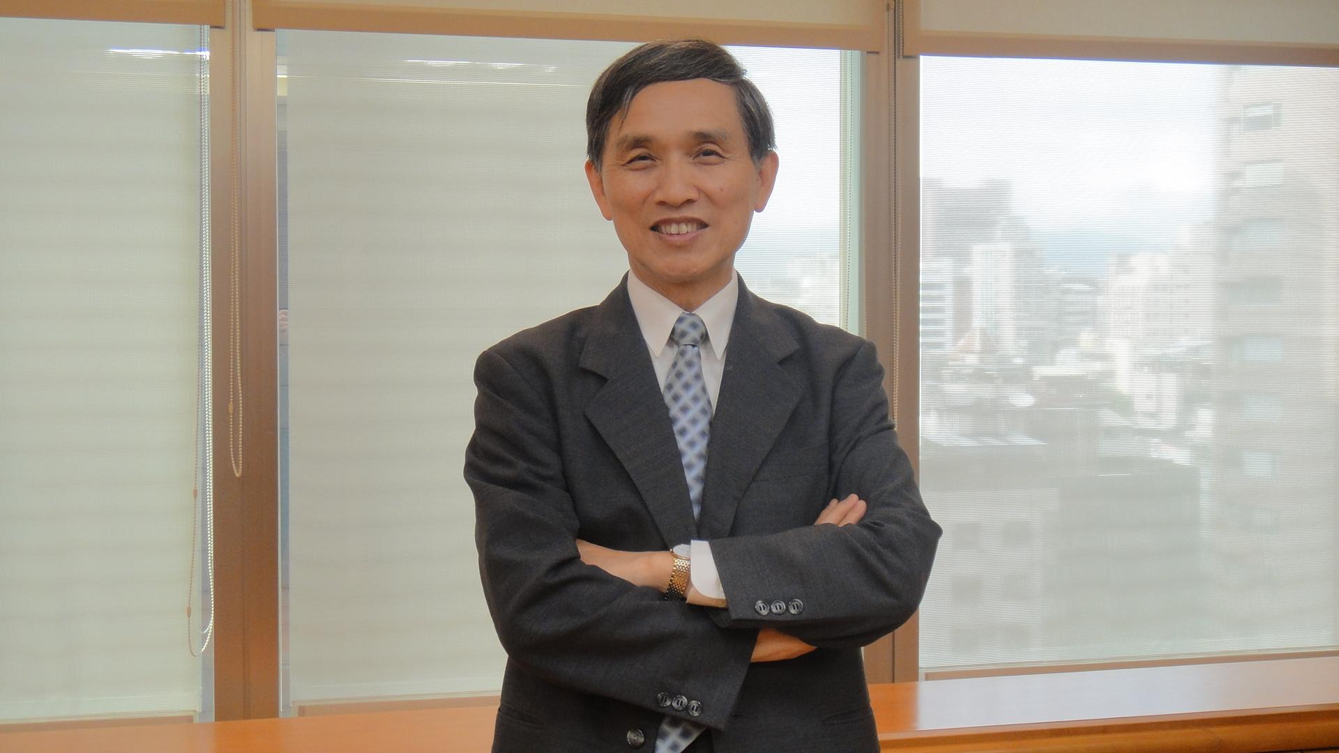 堅強的師資陣容 造福中原學子 經濟部前部長施顏祥先生加入中原大家庭
