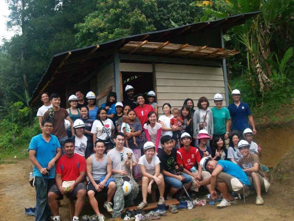 景觀系學生跨國long stay 幫馬來西亞原住民蓋房子