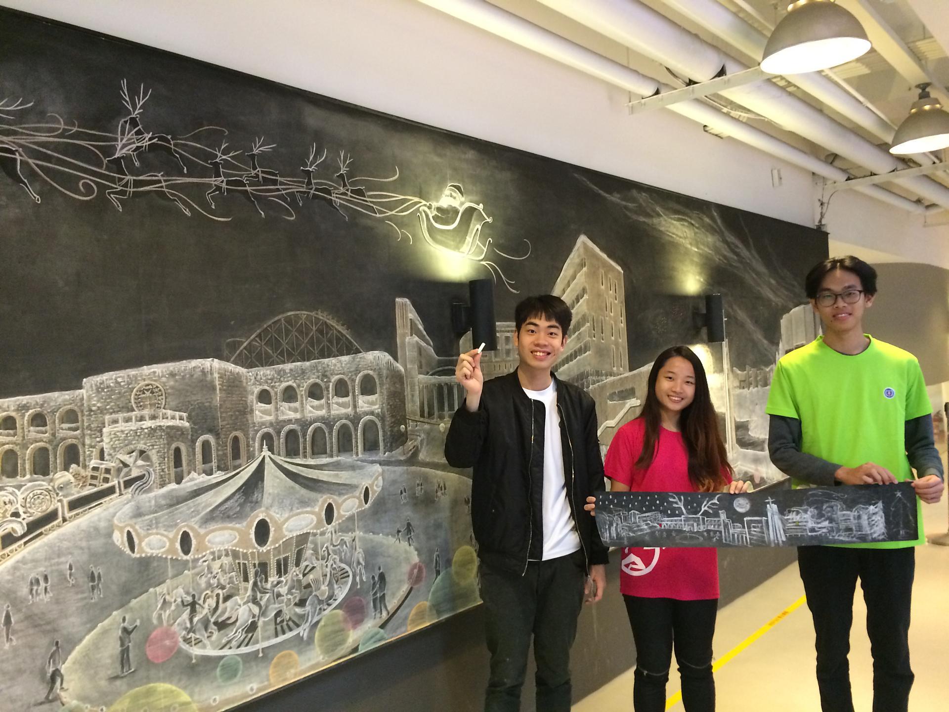 中原大學學生展創意 讓聖誕老公公飛越校園