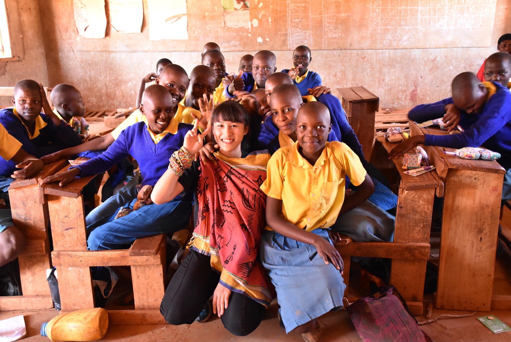 「走吧!女孩」應外系黃沐庭募集擁抱與擊掌  為非洲女孩發聲