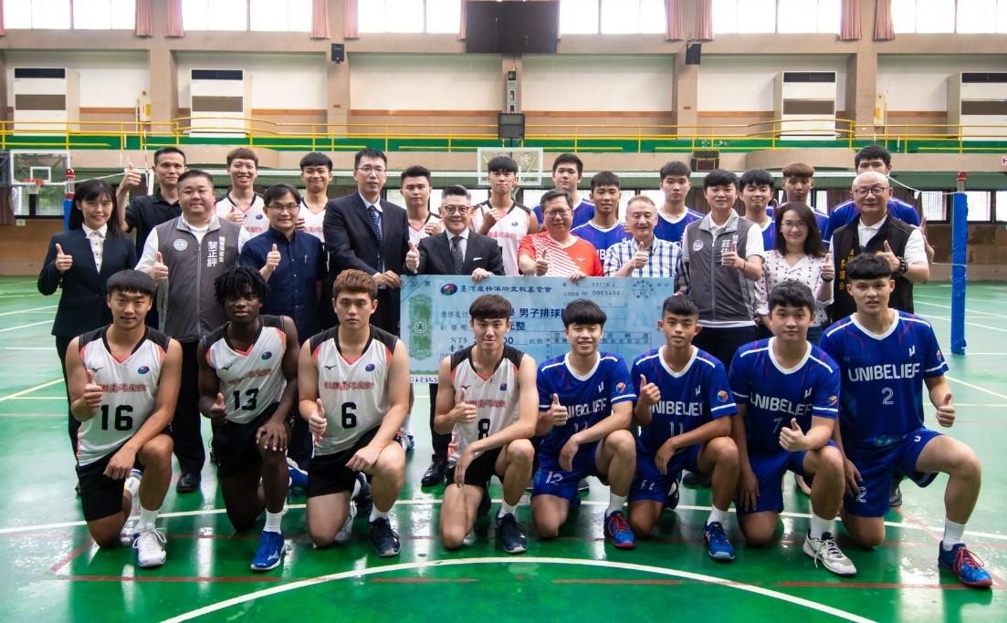鄭市長訪視中原大學及桃園臺產排球隊 推廣排球運動 為選手加油!