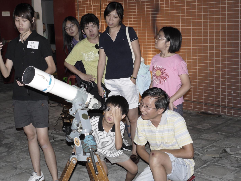 中秋賞月在中原 中原大學天文台邀您共賞月